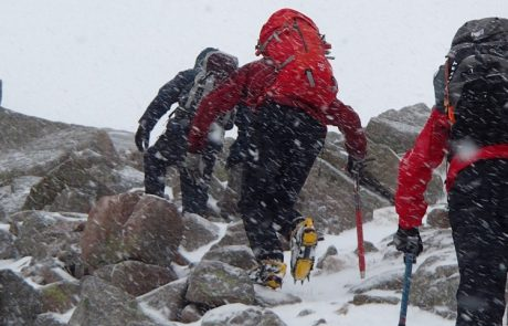 Winter scrambling ropework