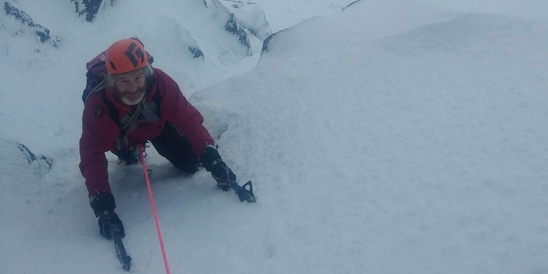 winter climbing pan